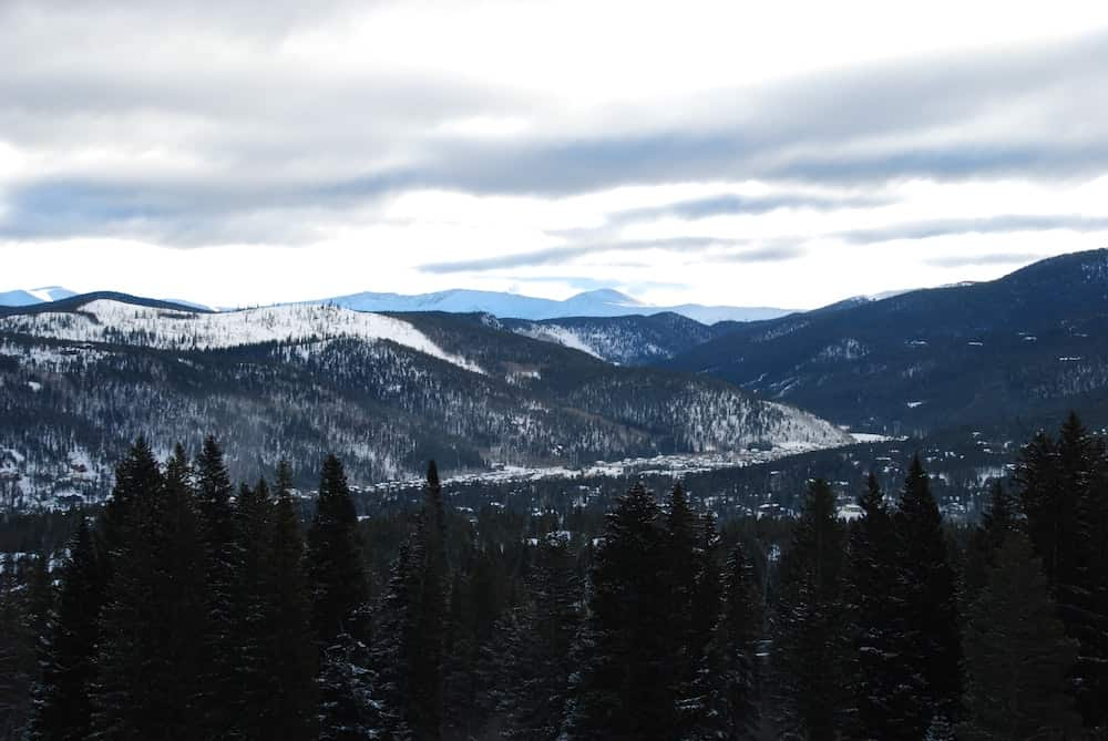 Airbnb Breckenridge Mountains Snow Featured Image