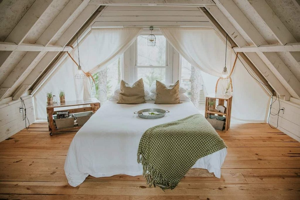 Romantic Airbnb North Carolina Luxury Stone And Timber Treehouse 8