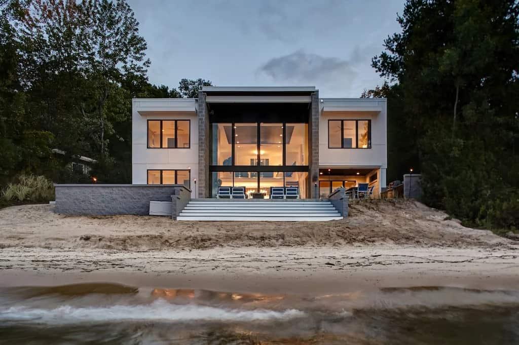 Best Vrbo Michigan The Birchview Beach House