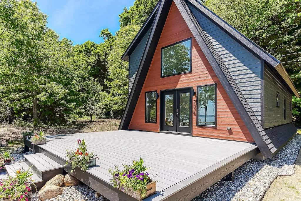 Best Vrbo Michigan West Bay Modern Cabin