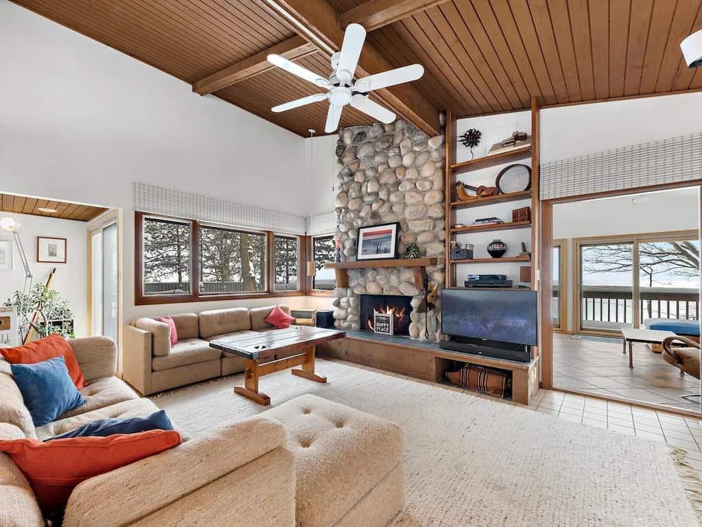 Best Vrbo Michigan luxury lakefront Lake Michigan Home