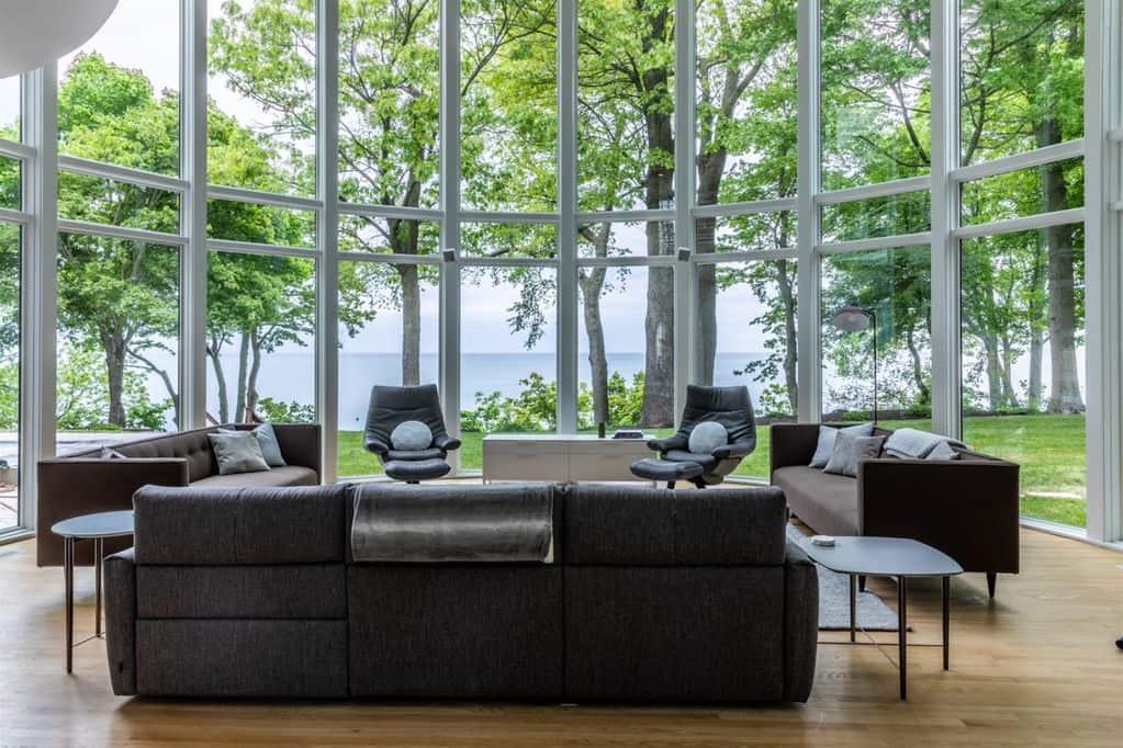 Best Vrbos in Michigan Extraordinary Lakefront Home