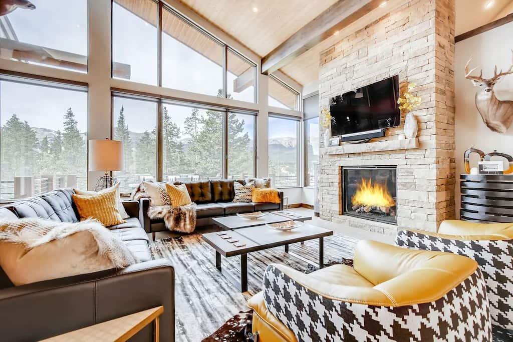 VRBO Colorado Award-winning Breckenridge Cabin