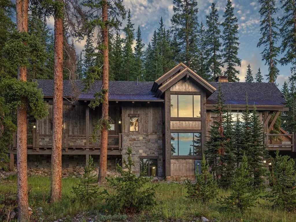 VRBO Colorado Quandary Estate Luxury Home