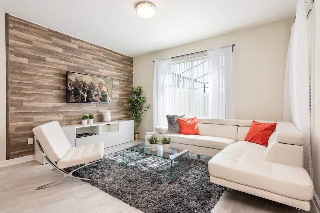 Best VRBOs in Orlando New 4 Bedroom Villa