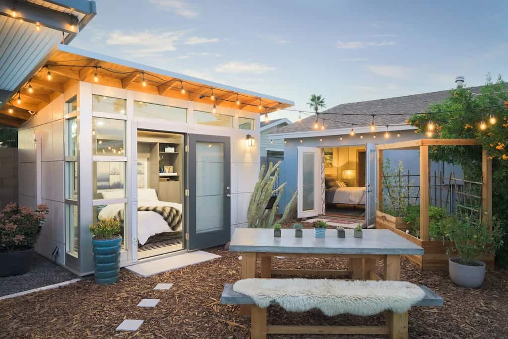 VRBO Phoenix House with Misters Heated Pool