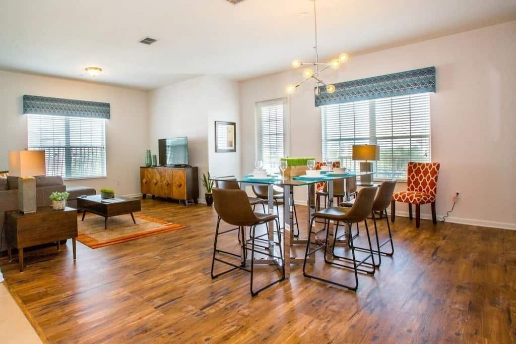 Vista Cay Luxury 4 bedroom Condo VRBOs in Orlando