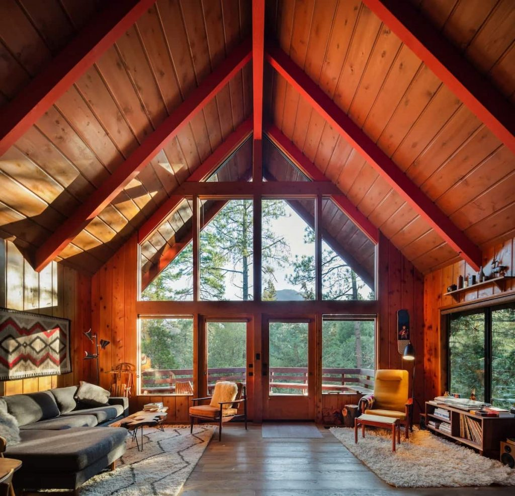 Idyllhaus Mid Century A-Frame Chalet