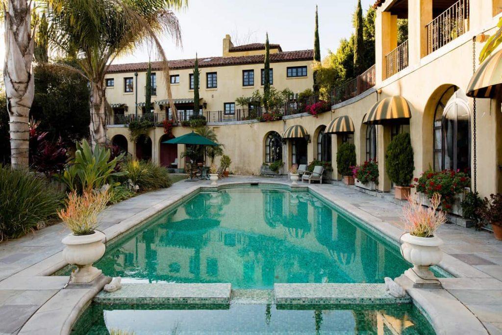 Italian Style Hillside Retreat Los Angeles