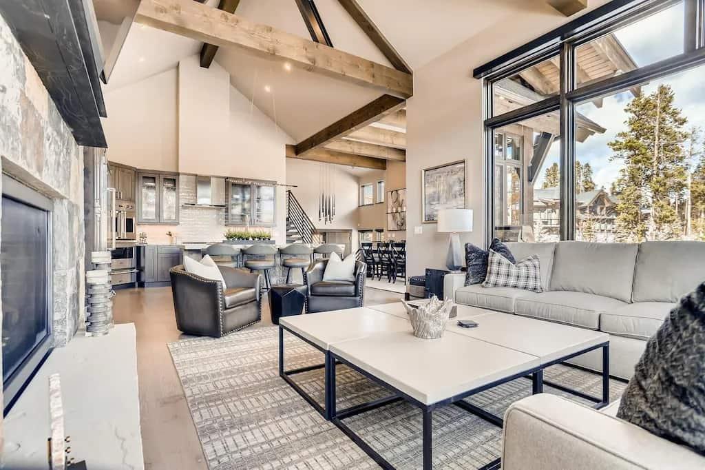 Shock Hill Majestic Luxury Best VRBOs in Breckenridge